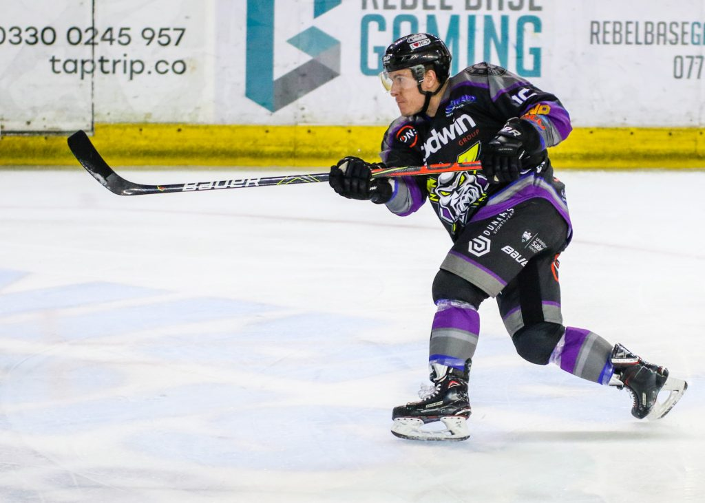 SIGNING NEWS: Tyson Fawcett signs up for second season!